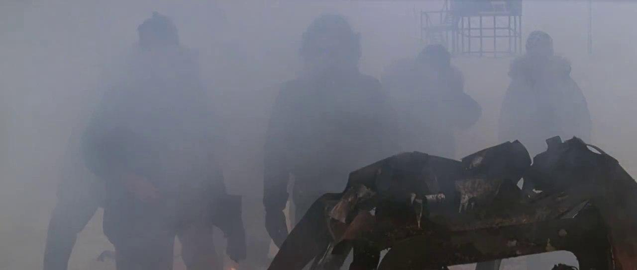 بدنهای گرفتار در تصاویر مهآلود